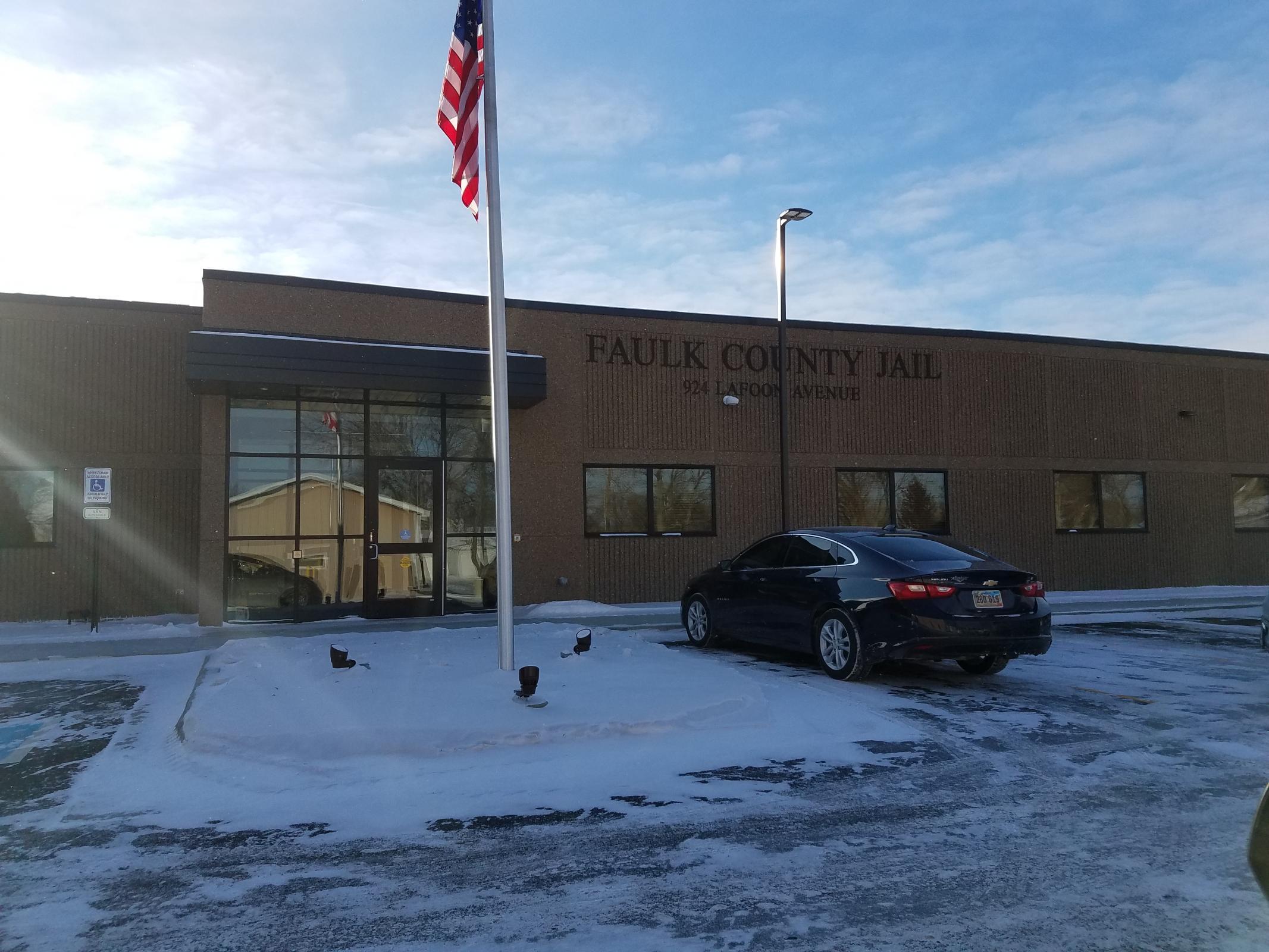 Faulk County Jail Photo