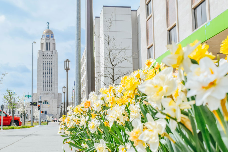 street leading to Lincoln, NE capitol building